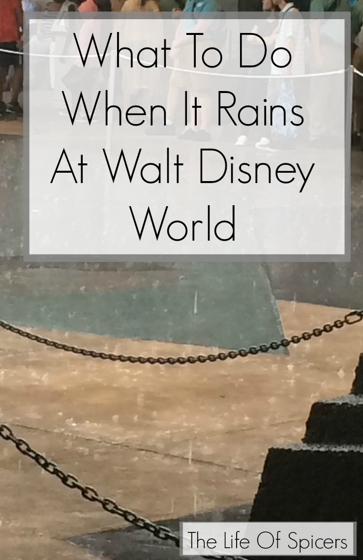 when it rains at Disney World