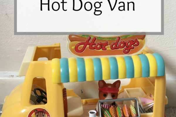 Review – Sylvanian Families Hot Dog Van