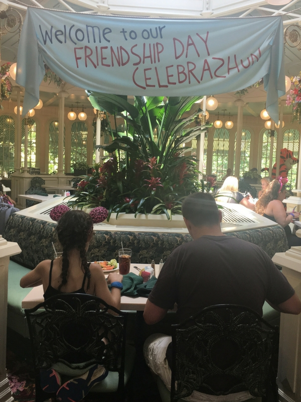 Crystal Palace restaurant magic kingdom