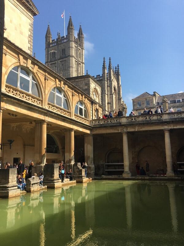 the great bath at Roman baths